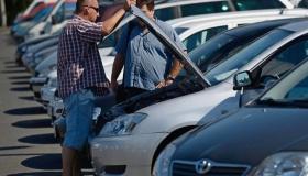 Почему не стоит покупать машину у знакомых?
