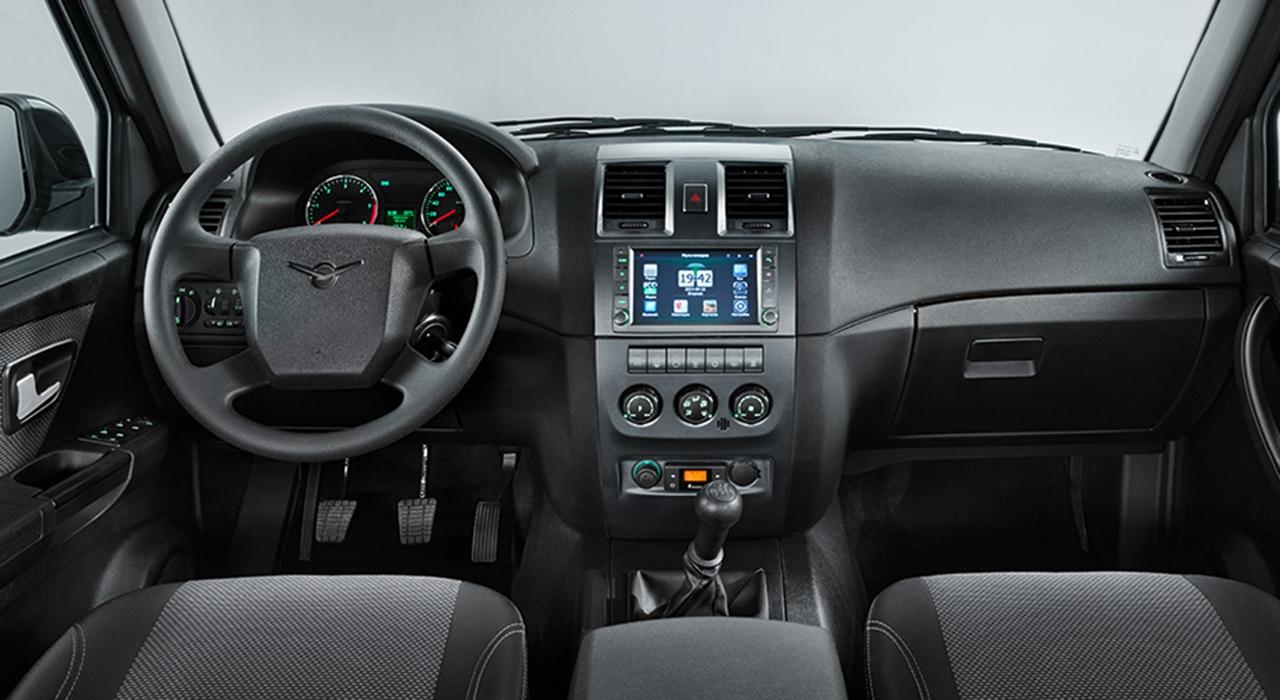 НаУльяновском автомобильном заводе начали выпускать улучшенный УАЗ «Патриот»