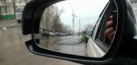 Нестандартный способ парковки по зеркалам – лайфхак бывалых
